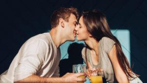 cuplurile-fericite-relatie-internet