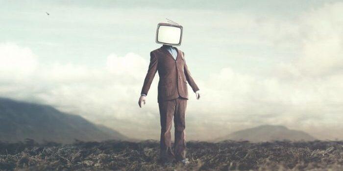mass-media-manipuleaza-opinia